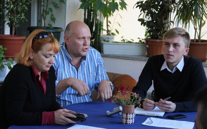 Проблемы ресторанного бизнеса обсудили за круглым столом / Чепецк.RU